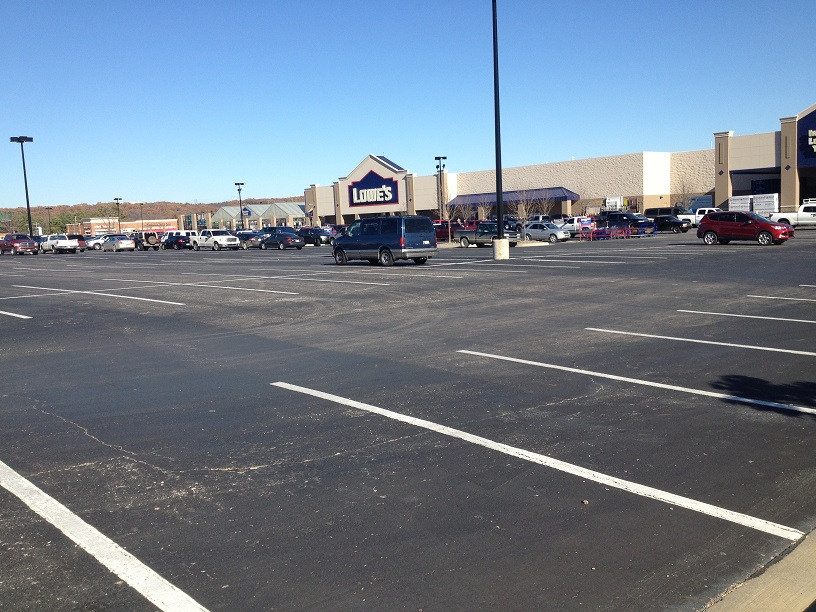 Lowes Tulsa Parking Lot Black Friday 2014