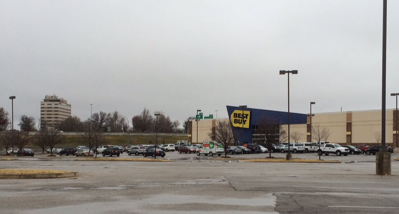 Best Buy Parking 12_13_15