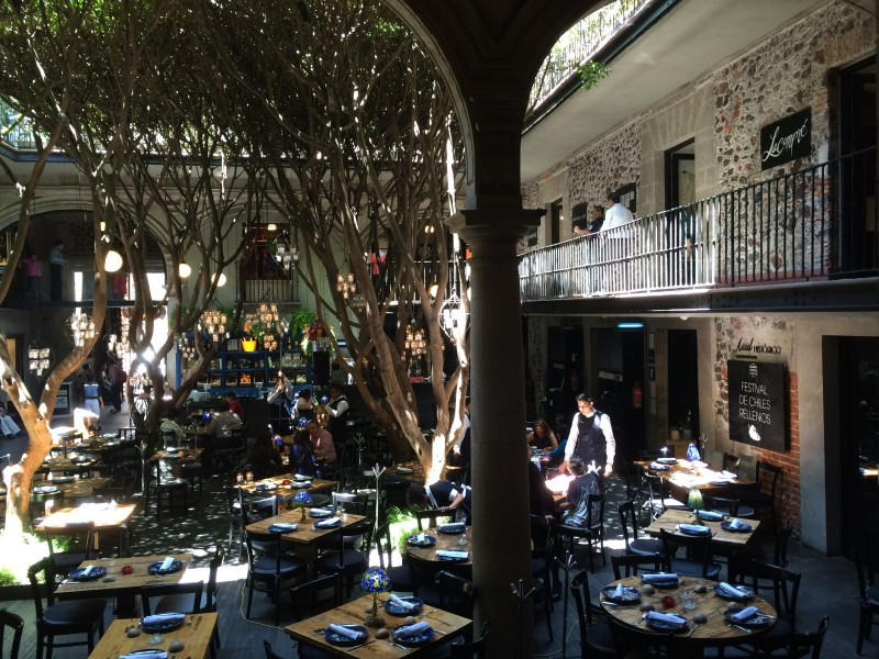 Dining in the courtyard - the Shops Downtown - Mexico City